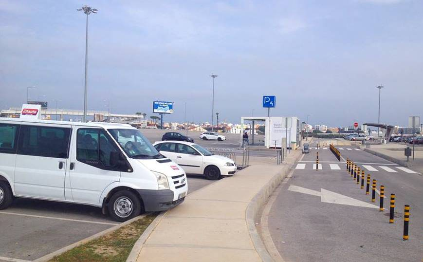 9b6e0f7679 Car rental collection and return office in Car Park 4